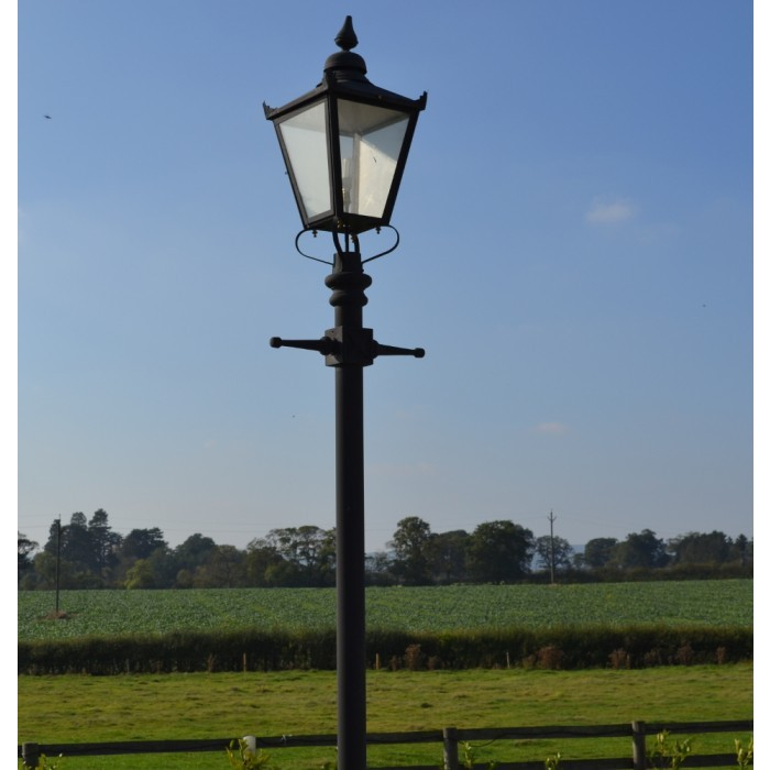 deluxe-extra-large-over-5-metre-lamp-post-and-lantern-set_1_1.jpg